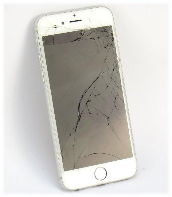 apple iphone 6 wei 16gb smartphone defekt keine funktion displaybruch f r bastler 10038991. Black Bedroom Furniture Sets. Home Design Ideas