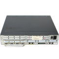 Cisco 3725 Access Router mit Modul Serial 4T