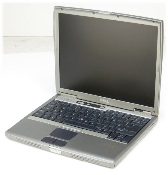 Dell Latitude D600 Pentium M 1,3GHz 512MB 30GB DVD Notebook B- Ware (Akku defekt)