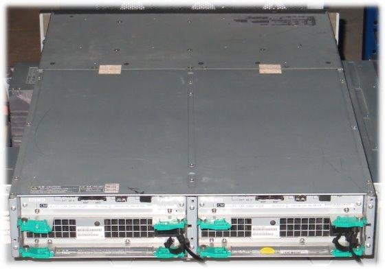 Fujitsu ETERNUS DX60 Data Storage SAS ohne HDD\'s / Blende 2x CA07145-C621 2x PSU