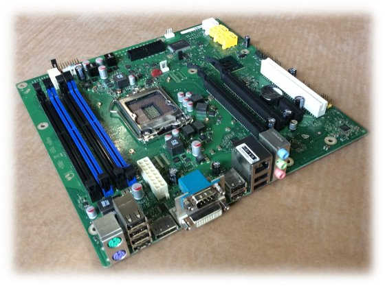 Fujitsu Mainboard D3062-A13 GS 2 für Core i7 i5 i3 2nd Gen. Sockel 1155 (Esprimo E900)