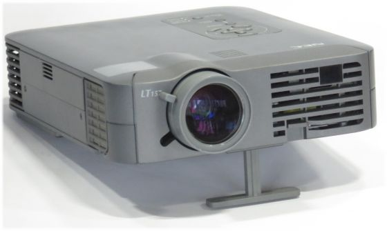 Nec LT157 LCD Beamer Projektor 1500ANSI/LU  (Lampe defekt)