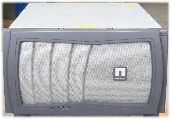 NetApp FAS3160 Filer Controller im 19 Zoll Rack 1x QLE2462 2x QLE2464