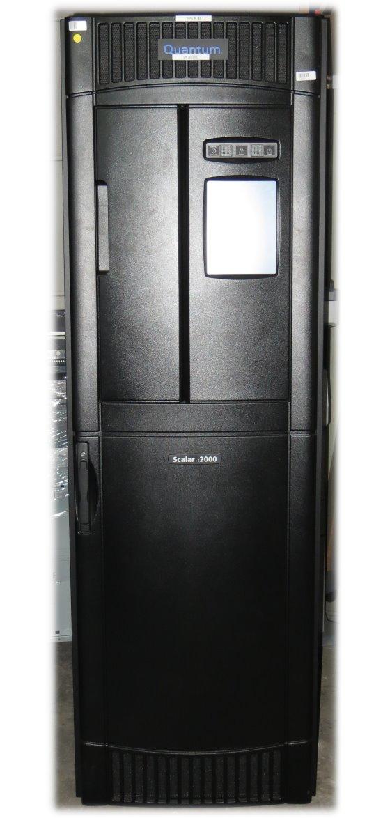 Quantum Scalar i2000 Tape Library ohne Laufwerke ohne Picker-Hand