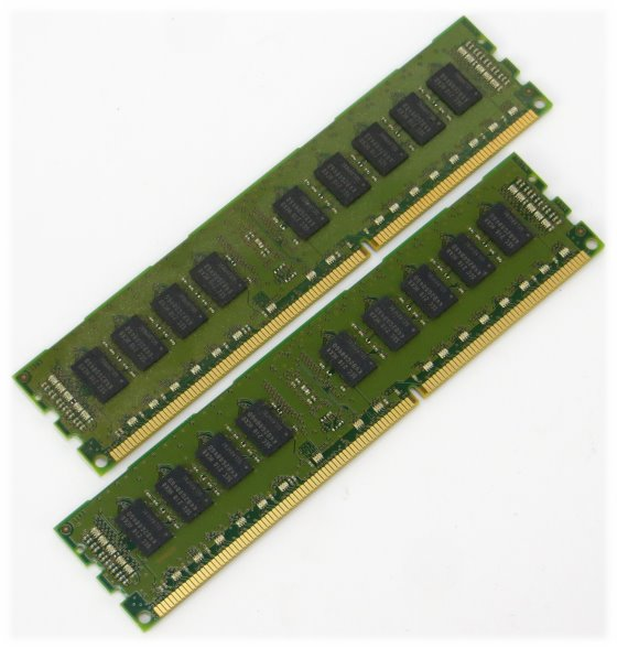 Samsung 8GB (2x 4GB) PC3-12800R ECC registered DDR3 1600MHz M393B5273DH0