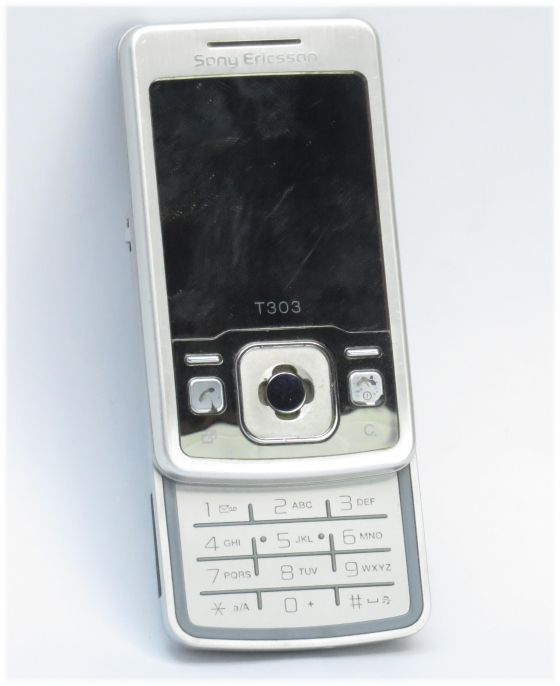 Sony Ericsson T303  Sliderhandy mit Kamera B-Ware