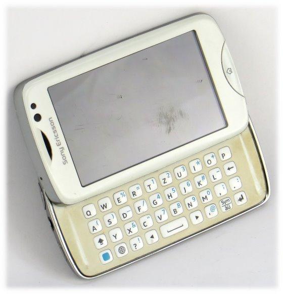 Sony Ericsson txt pro Smartphone CK15i mit QWERTZ-Tastatur C-Ware