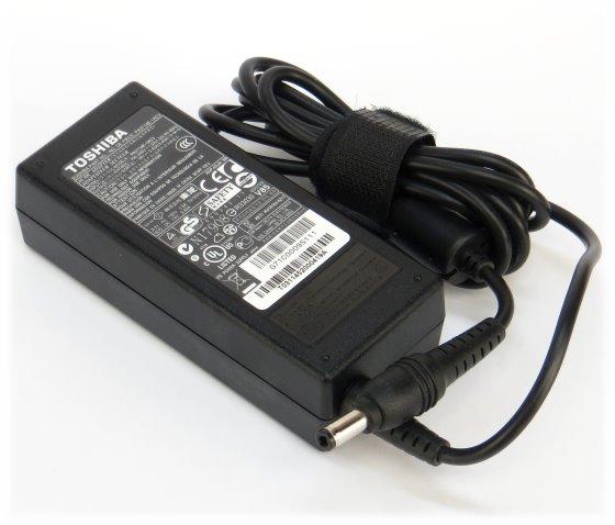 Toshiba 19V 3,42A Netzteil 65W für Notebook Laptop Portege R700/830 Sattelite