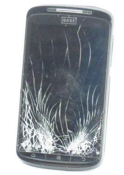 ZTE BASE Lutea 2 Android Smartphone C-Ware Glasbruch schwarz (ohne Netzteil, Akku)