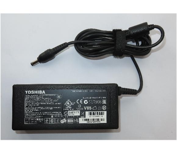 Original Toshiba 90W Netzteil PA3716U-1ACA für Portege R830 R850 19V 4,74A
