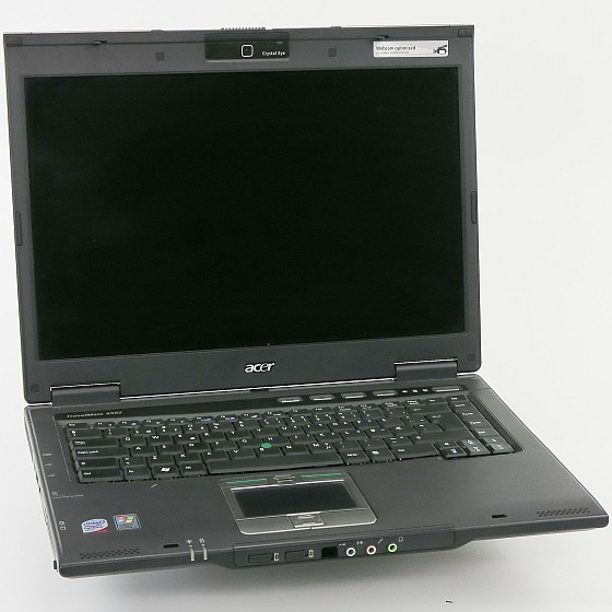 """15,4"""" Acer TravelMate 6592 C2D T7500 2,2GHz 2GB Cam (o. NT/HDD, 1x USB def) norw"""
