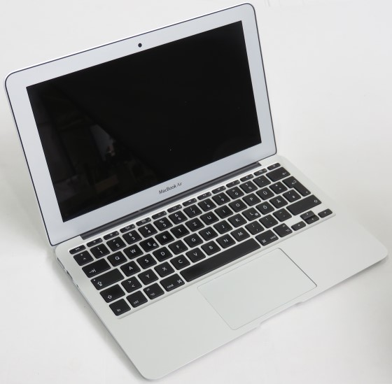 "11,6"" Apple MacBook Air 6,1 A1465 i5 4260U 1,4GHz 8GB Early-2014 (ohne SSD/NT)"