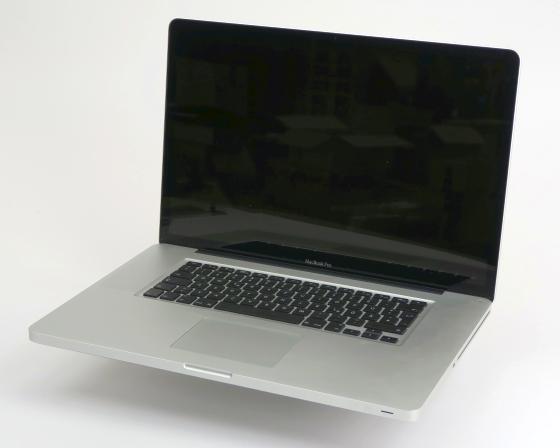 "17"" Apple MacBook Pro 8,3 Quad Core i7 2720QM @ 2,2GHz 8GB 256GB SSD Early 2011"