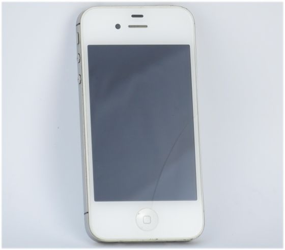 apple iphone 4s 8gb wei defekt f r bastler akku defekt glasbruch handy pda 10037607. Black Bedroom Furniture Sets. Home Design Ideas