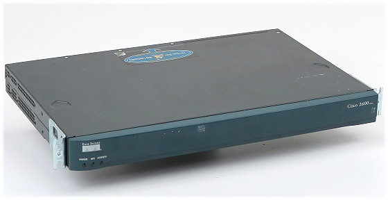 Cisco 2620XM Modular Access Router 1x WIC 2T 1x BRI 4B-S/T P/N 800-20050-01