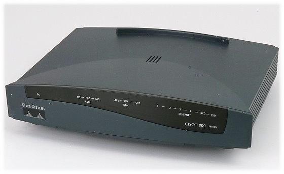 Cisco 836 ADSL over ISDN Broadband Router ohne Netzteil