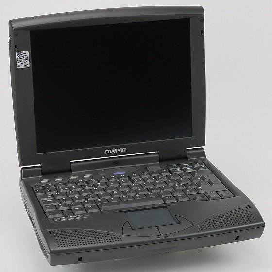 Compaq Armada 1530D Pentium M MX 133MHz 16MB 2,1GB CD-ROM Retro Rarität B-Ware