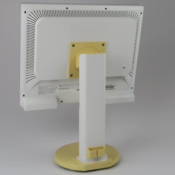 "19"" TFT LCD NEC EA193Mi IPS 1280 x 1024 Pivot Monitor mit Lautsprecher leicht vergilbt"