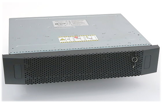 "EMC SAE Data Storage bis zu 25x HDD 2,5"" SAS 2x 303-104-000E 2x PSU"