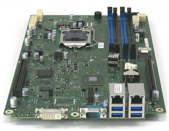 Fujitsu D3188-A13 GS 4 Mainboard Sockel LGA 1155 NEU/NEW für Celsius C620