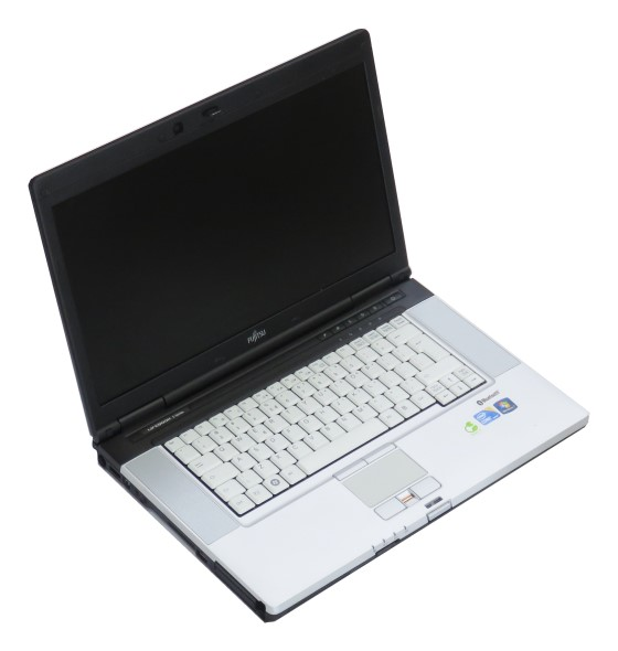 "15,6"" Fujitsu Lifebook E780 Core i3 370M 2,4GHz 2GB Webcam ohne HDD/Abdeck./Akku"