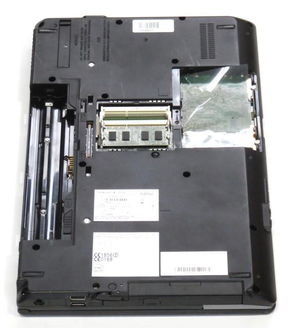 """15,6"""" Fujitsu Lifebook E782 Core i5 3320M 2,6GHz 2GB Webcam (ohne HDD) englisch"""