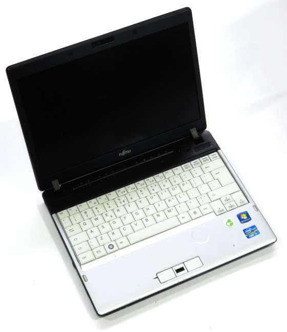 12 1 fujitsu lifebook p701 core i5 2520m 2 5ghz 2gb. Black Bedroom Furniture Sets. Home Design Ideas