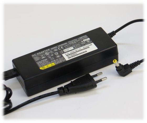 Fujitsu 19V 5,27A 100W Netzteil FPCAC54B/BW original für Lifebook E8310 E8410