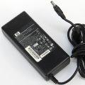 HP/Compaq PPP012L Netzteil 18,5V 4,9A 90W für NW8000 NC6320 NC6320 NC6120