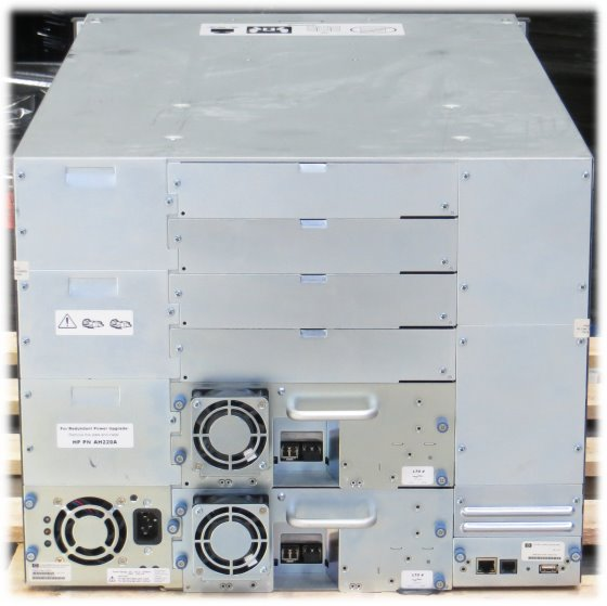 HP StorageWorks MSL8096 2x Ultrium LTO-4 AJ040A