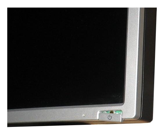 "19"" LCD TFT HP LP1965 1000:1 6ms USB 2x DVI Pivot Powerknopf fehlt"