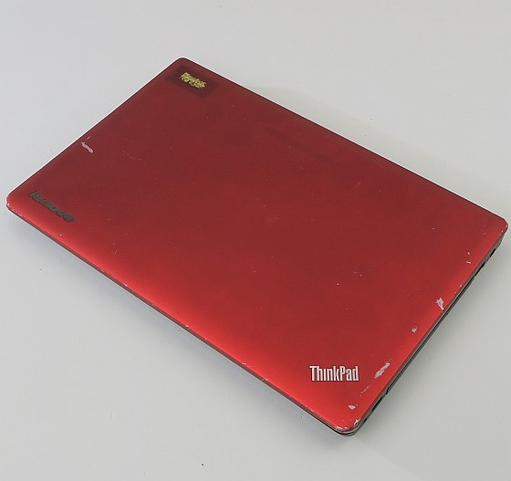 Lenovo ThinkPad Edge E530 Core i3 3110M 2,4GHz (o. RAM/NT/HDD, Akku def.) C-Ware