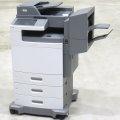Lexmark X792de All-in-One FAX Kopierer Scanner Farblaserdrucker Finischer Hefter