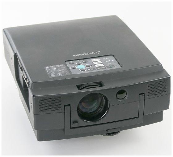 Mitsubishi LVP-S120E Beamer LCD 800ANSI/Lu C- Ware Bildfehler/Flecken ohne Fernbedienung
