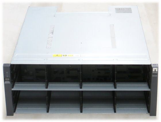 NetApp DS4246 SAS Data Storage 4x PSU 580W im 19 Zoll Rack 2x IOM3 111-00128+A0