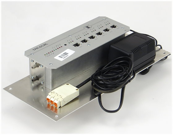 NoName TPR-6/LWL Fibre Channel to 6x RJ-45 Adapter