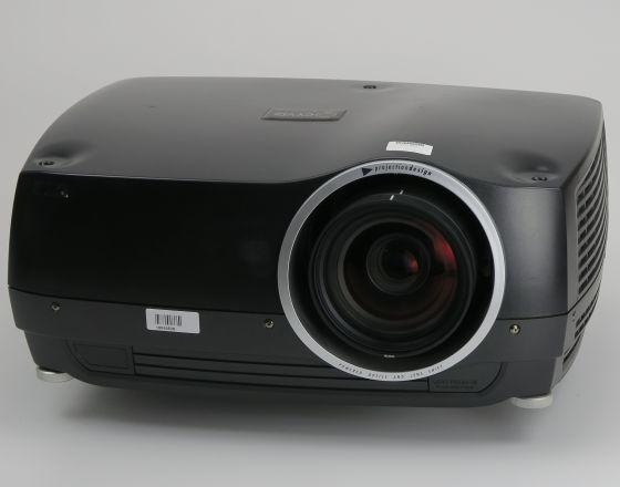 ProjectionDesign F30sx+ DLP Beamer SXGA+ Objektiv 16.4mm Lampen unter 50/1000 Std.