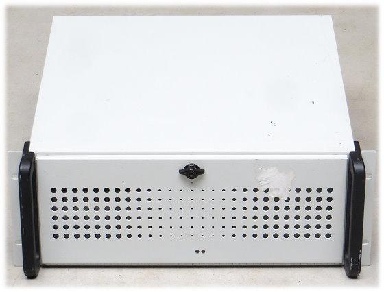 "Pyramid KT965/ATXP Core 2 Quad Q6600 @ 2,4GHz 4GB DVD±RW im 19"" Rack"