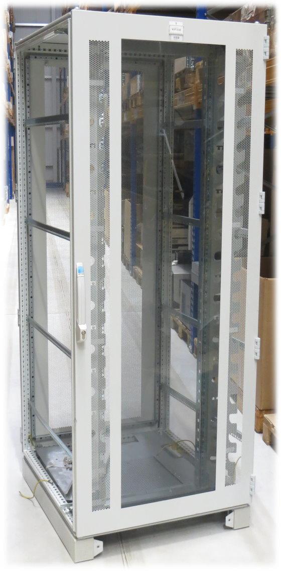 Rittal DK7830 300 Serverschrank 42HE mit Glastür (Rackschienenhalterungen nur vorne)