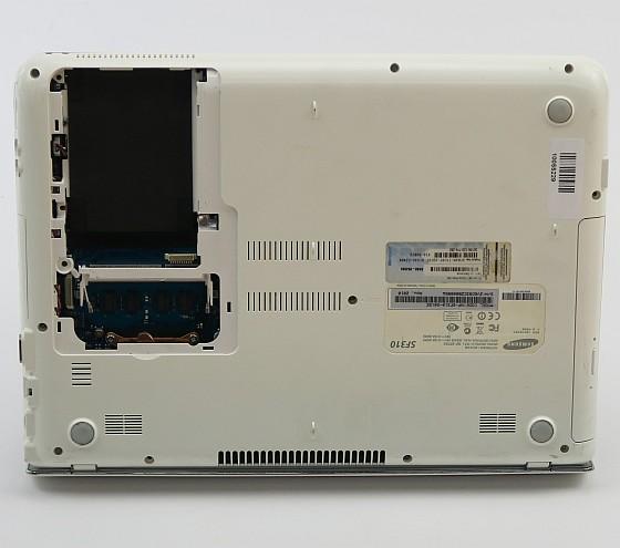 SAMSUNG SF310 Core i3 370M @ 2,4GHz 2GB Webcam DVD±RW (ohne NT/HDD) norw. B-Ware