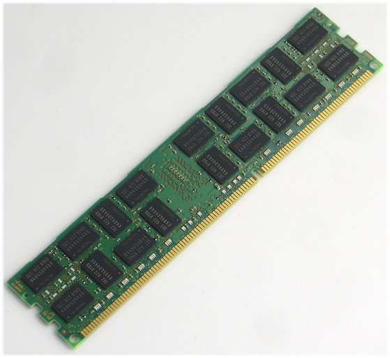 Samsung 16GB PC3-12800R DIMM DDR3 1600MHz 240pin ECC registered M393B2G70BH0 für Server
