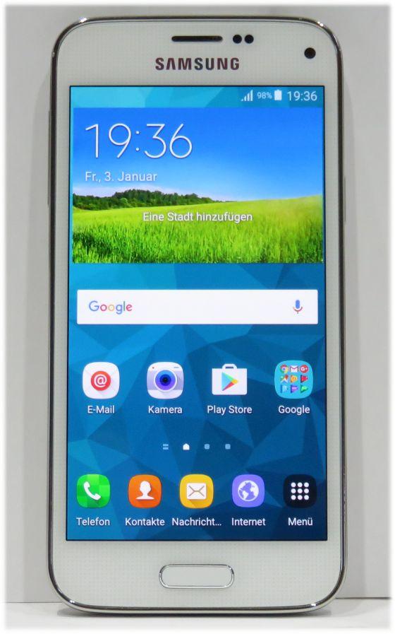 samsung galaxy s5 mini sm g800f white smartphone 4 5 16gb. Black Bedroom Furniture Sets. Home Design Ideas