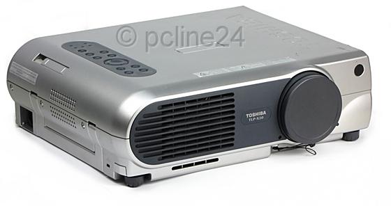 Toshiba TLP-X20 LCD Beamer 2500 ANSI/LU 400:1 Lampe muss gewechselt werden