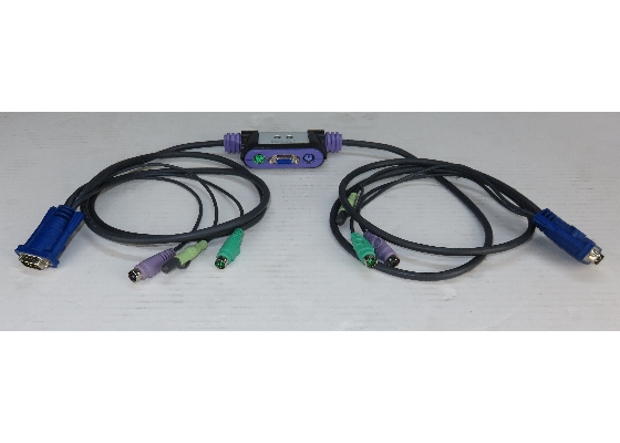 Aten CS-62A 2-Port KVM-Switch PS/2 mit Audio inkl. Kabel