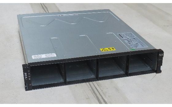 """IBM DS3512 Festplatten Storage Array 12x 3,5"""" SAS/SATA 2x 406066-002 2x 585W Netzteil"""