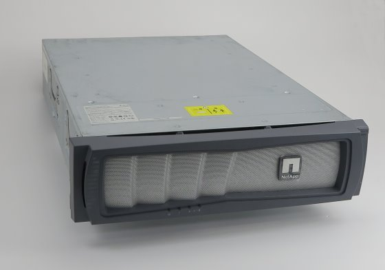NetApp FAS3240 Quad 2,33GHz 6GB Storage Controller 2x PSU